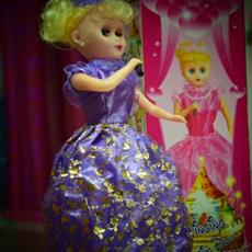 Singing Dancing Barbie Doll for Girls