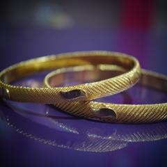 SG Gold Plated Bangle For Her